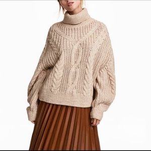 H&M beige cable knit turtleneck sweater